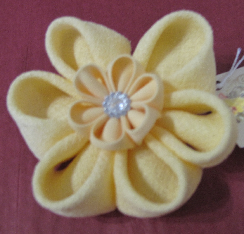 Cloth Brooch - Lemon