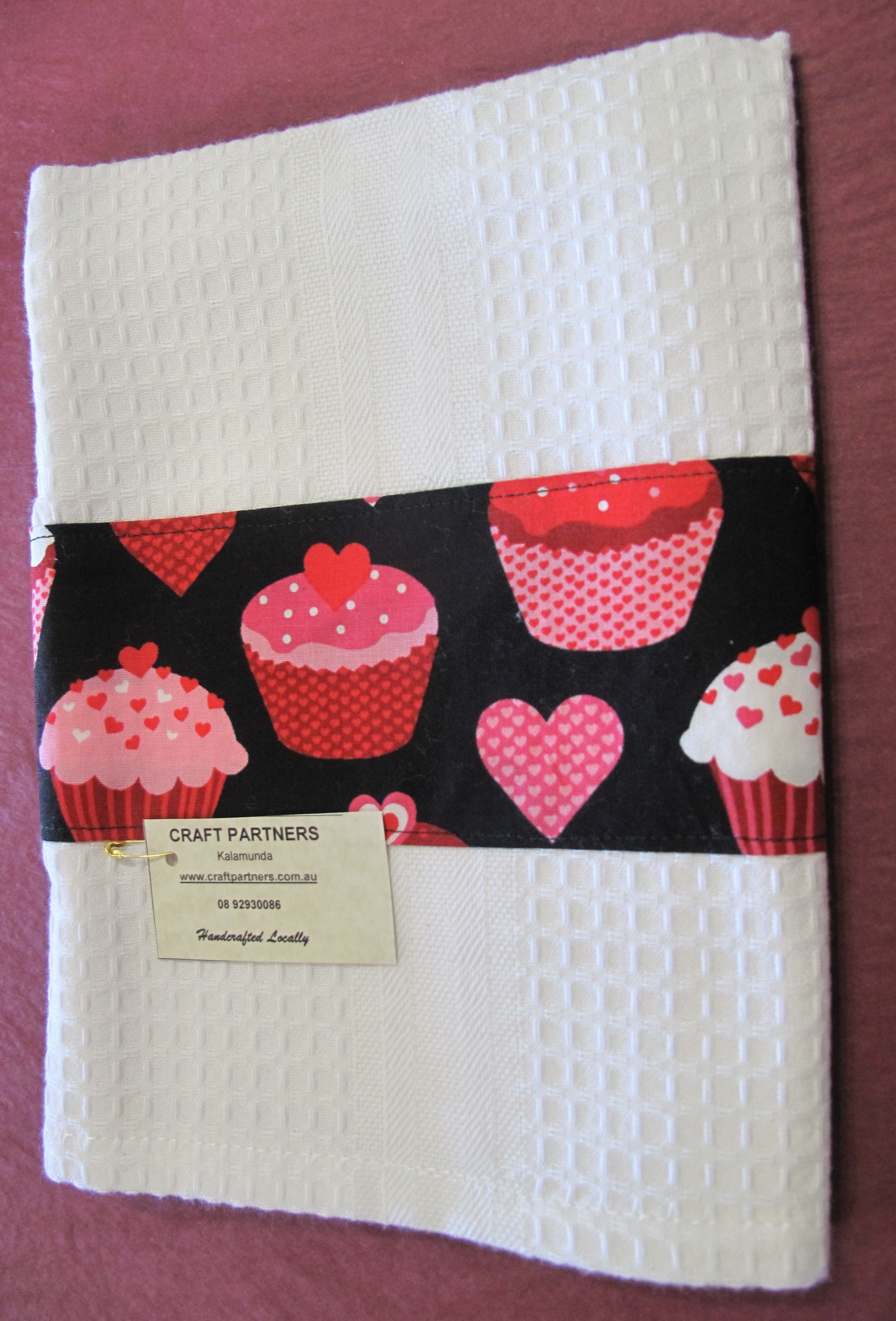 Tea Towel with cupcakes