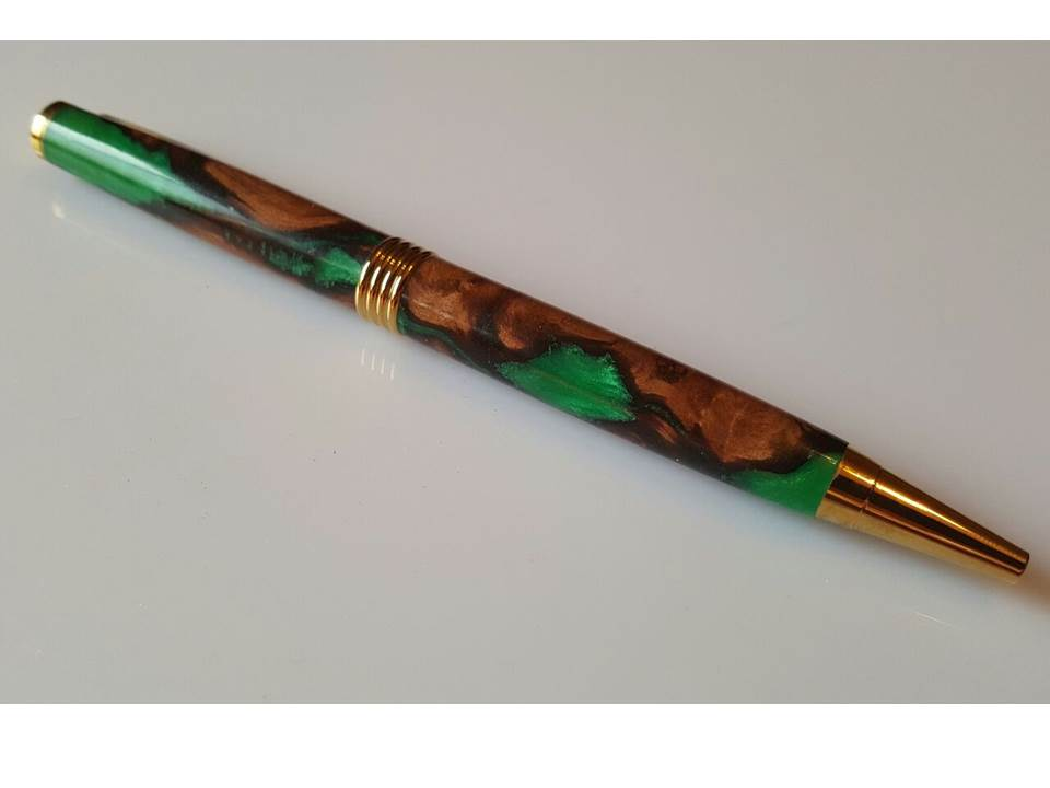 Mallee with Green Resin Pen